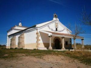 2.- Ermita de la Virgen de Valdefuentes