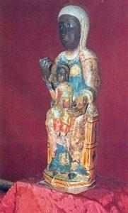 9.- Talla de la Virgen de Guadalupe sin manto ni corona