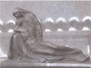Lám 8. Jesús en brazos de su madre